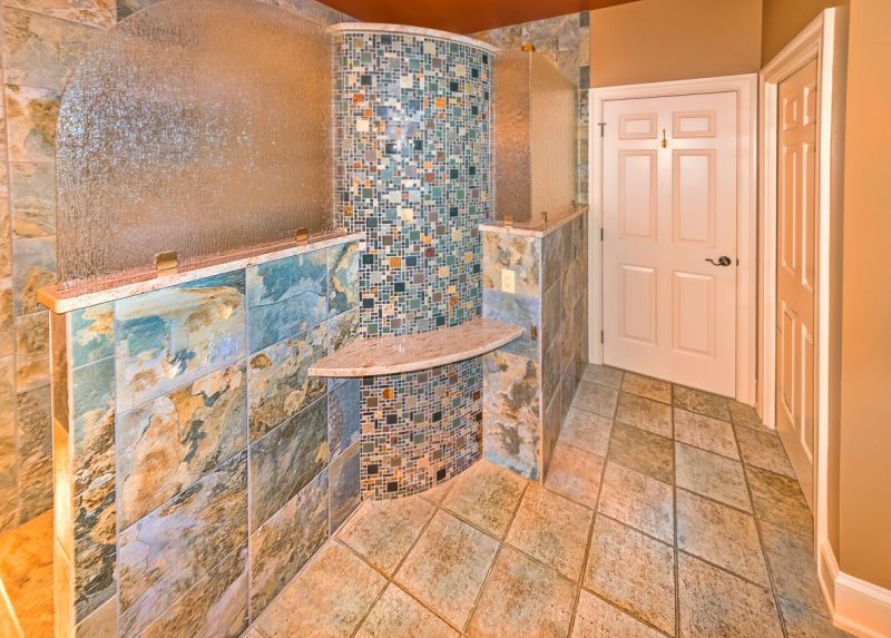 Sparler Shower Curved Appeal