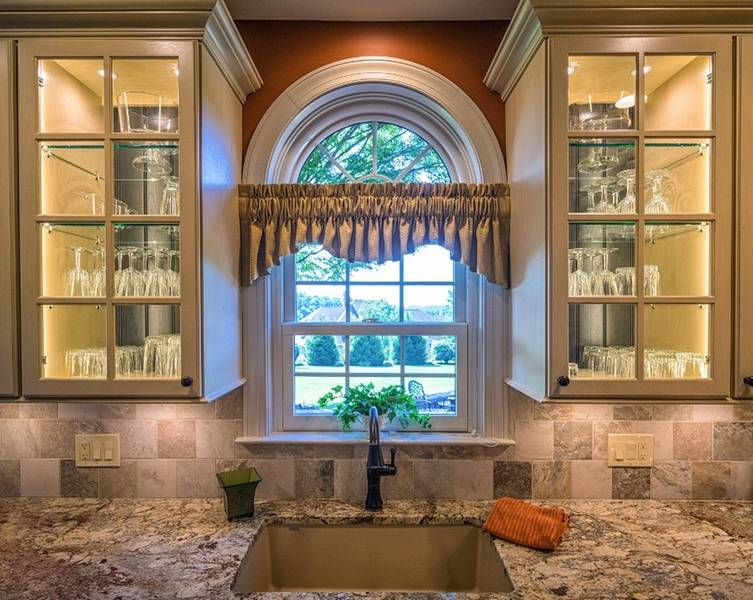 Custom Sink Area With Arch Window