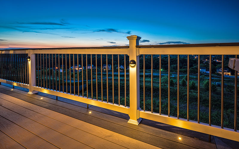 Decking Railing with Lights