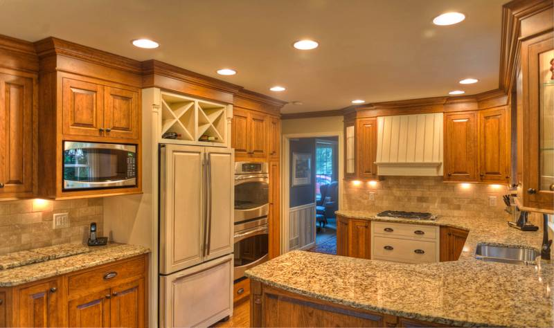 Custom Kitchen Cabinetry with Granite Counters